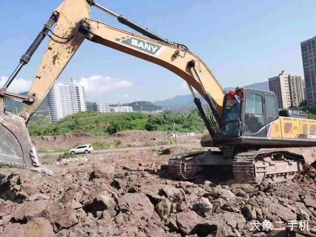 三一重工SY305H-10挖掘机
