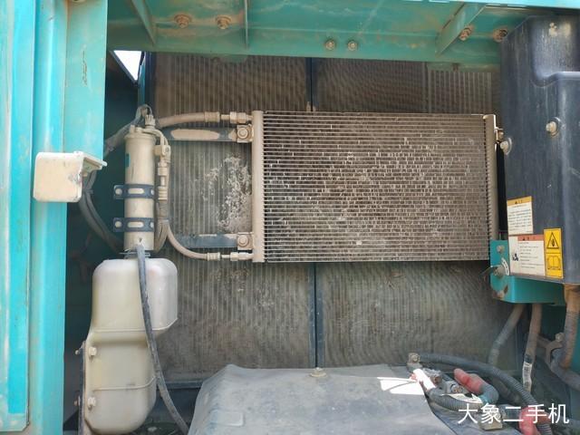 神钢 SK250-8 挖掘机