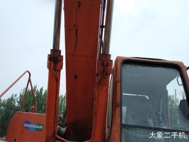 斗山 DH225LC-7 挖掘机