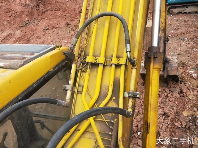 三一重工 SY215C-8 挖掘机
