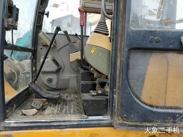 雷沃重工 FR60-7 挖掘机