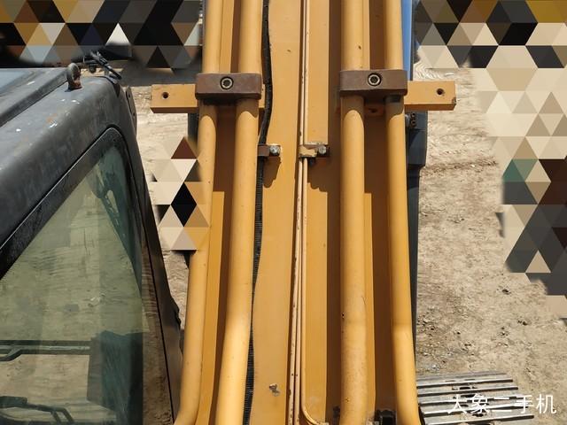 三一重工 SY215C 挖掘机